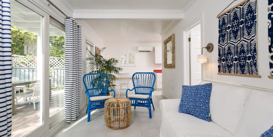 Corraline living room in white with navy accents